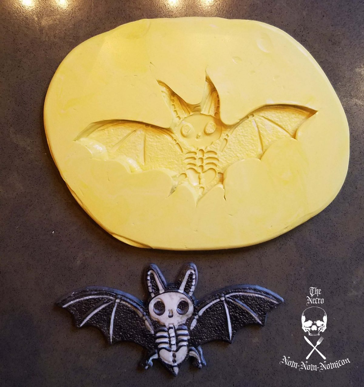 bat all molded