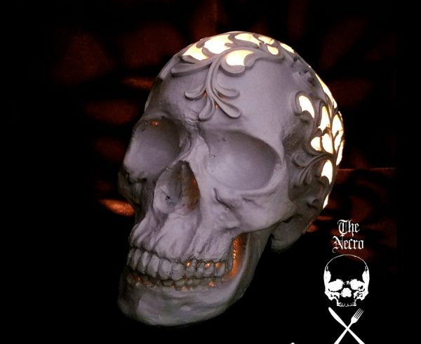 Halloween DIY: Necro-Crafting Skull Desk Lamp