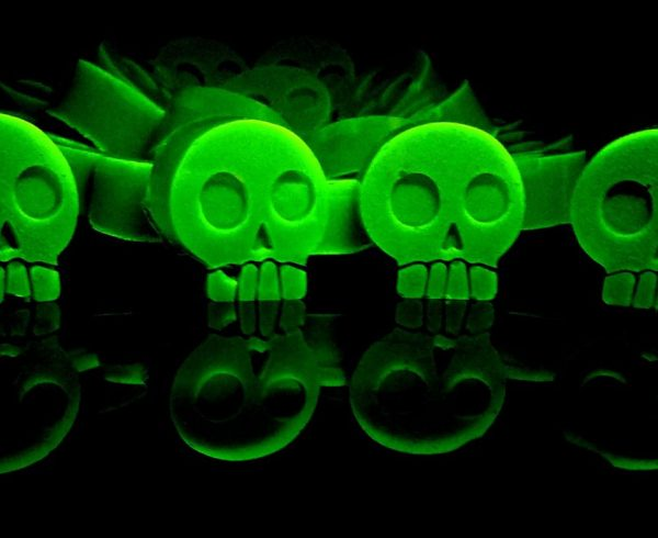 Halloween Recipe: Green Glowing Absinthe Gummies